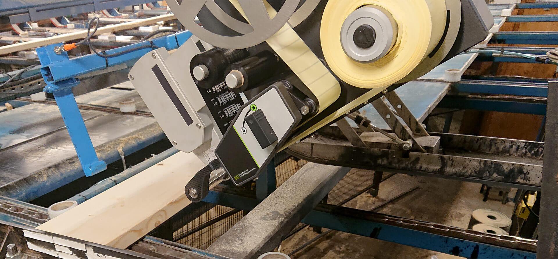 Industrie-Etikettiersystem für Holzanwendungen
